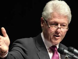 Critica William Clinton que nuestro país tenga que luchar  en contra del narcotráfico en lugar de tener prosperidad