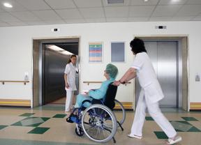 Sanidad de Madrid formaliza la privatización de los hospitales de Arganda, Coslada y Vallecas