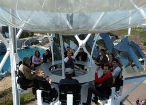 Copas de altos vuelos: llega el primer bar aéreo del mundo