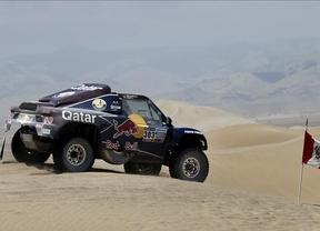 El qatarí Al-Attiyah se lleva la cuarta etapa del Dakar y el español Barreda triunfa en motos