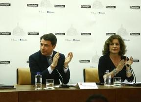El PP perdería la mayoría absoluta en Madrid, pero el PSOE se hunde