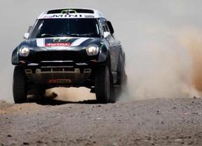 El Dakar se complica para el aún líder en coches Nani Roma: Peterhansel le recorta 8 minutos