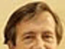 Paulino Rivero presidente del Gobierno de Canarias, aboga por los intereses de sus connacionales…