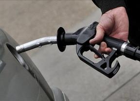 Las gasolinas recuperan el alza de los precios en marzo, aunque la tasa interanual sigue negativa, en -0,7%