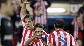 Los suplentes Adrián y Domínguez salvan a Manzano con sus goles al Zaragoza (3-1)
