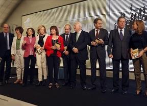 Zapatero y varios exministros socialistas arropan a Moratinos en la presentación de su primer libro
