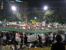 Jóvenes españoles exigen 'Democracia Real Ya'
