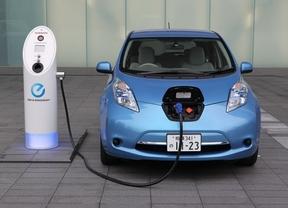 Las matriculaciones de coches eléctricos suben un 15% hasta noviembre y rozan las 1.000 unidades