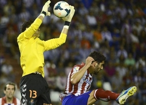 Los rojiblancos ganan en Zorrilla con goles de Raúl García y Diego Costa (0-2)