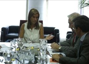 Reunión de urgencia de Ana Mato con los portavoces de Sanidad en el Congreso