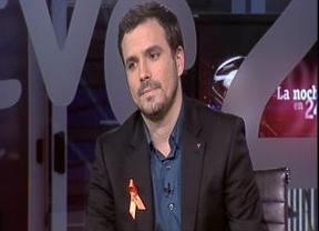 El veredicto de las tertulias: Alberto Garzón no se olvida del lazo naranja en RTVE