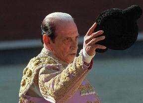La Fiesta se queda sin el rey del clasicismo y el espejo de los jóvenes: muere Antoñete