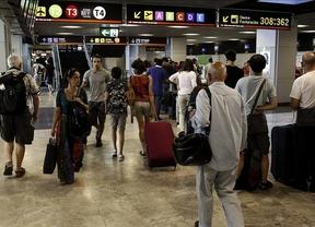 Adiós España, adiós: 125.000 españoles han abandonado el país en 2014, la mayoría extranjeros que vuelven a sus lugares de origen