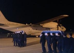 Homenaje en la base de Los Llanos a las víctimas del accidente aéreo