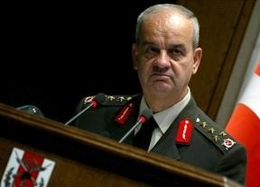 Un ex jefe del Estado Mayor turco, detenido por ser acusado de golpismo