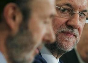 Barómetro CIS: sigue la caída libre del PP y el PSOE