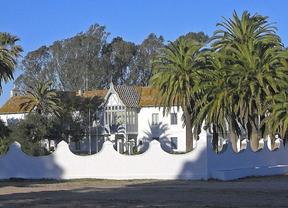 La utilización personal del Palacio de Doñana se une al debate sobre el uso de los recursos públicos