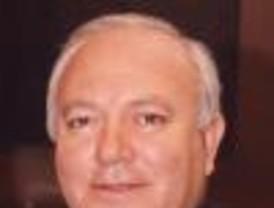 Moratinos dice España no puede estar ausente de Cuba