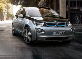 BMW crea una nueva estación de carga por inducción para coches eléctricos e híbridos