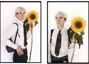 Andy Warhol 'streaming' 25 años después de su muerte: su tumba 24h online