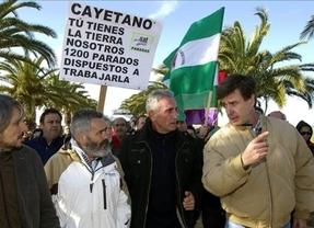 Cayetano de Alba rectifica su opinión sobre el PER y compensará a los agricultores con un centro de formación
