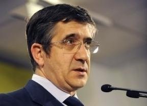 El PNV y Bildu aguan la fiesta del fin de ETA: Patxi López desconvoca los actos