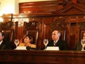 El Alcalde de A Coruña lucha por la ampliación del aeropuerto de Alvedro