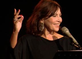 La polifacética María Lavalle nos regala un magnífico disco de grandes canciones e inmejorable título: 'Guitarra, dímelo tú'