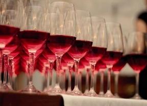 Aldea del Fresno apoya al sector vitivinícola