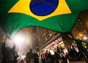 Rousseff sigue escuchando a los manifestantes brasileños: crea un canal social de diálogo exclusivo con ellos