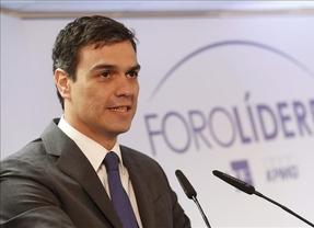 Sánchez recrimina a Rajoy que 'salga de Moncloa para dar mitines' y no para 'pisar barro'