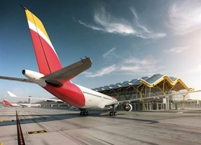 El consorcio aeronáutico de Iberia, IAG, pierde un 85% menos y se acerca a sanear sus cuentas