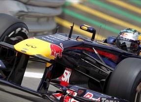 Webber le roba la 'pole' a Vettel y Alonso saldrá octavo
