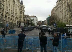 El ambiente previo al 'asedio al Congreso' se caldea: multitud de detenidos; una granada falsa en Correos; un ataque hacker, Twitter arde...
