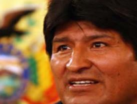 Evo Morales parte a Japón y a México con propósitos distintos