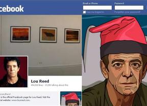 Lou Reed luce barretina en Facebook para felicitar la Navidad a sus fans