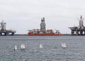 Bruselas avala las prospecciones petrolíferas autorizadas por el Gobierno en Canarias