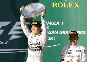 Rosberg se pasea en Australia y Alonso termina cuarto tras la descalificación de Ricciardo