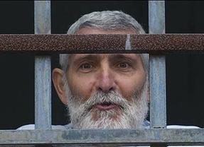 Prisiones aporta ahora al juez la lista de los médicos de Bolinaga