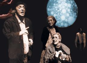 Teatro, sólo y nada más que puro teatro: el que nos regala Cuarta Pared con 'Qfwfq'