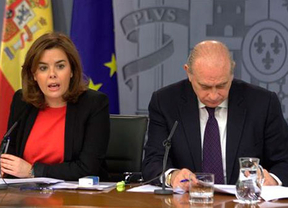 Sáenz de Santamaría esquiva la polémica inclusión de candidatos imputados en las listas del PP