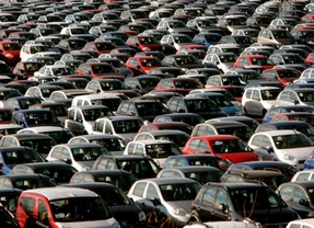 Las ventas de coches crecen un 18,4% en 2014, hasta 855.308 unidades, impulsadas por los PIVE