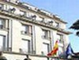 La Embajada defiende a sus diplomáticos