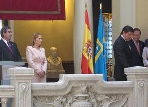 Fernández toma posesión en Asturias en son de paz: ofreciendo