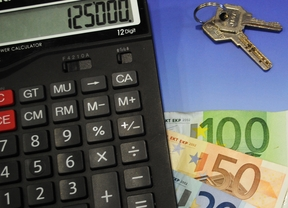 La bajada histórica del euríbor dará un respiro a los españoles hipotecados