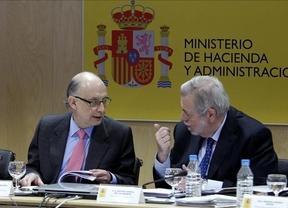 Las autonomías evitarán la intervención del Gobierno con un recorte de 13.071 millones y 5.278 millones de ingresos extra
