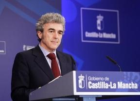 El portavoz del Gobierno de Cospedal revela que hay diputados del PSOE que les