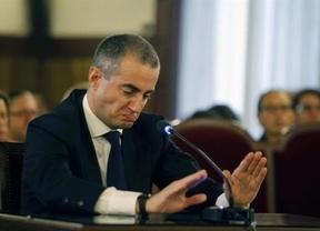 'Caso de los trajes': Ricardo Costa... ¿se salvará por sus medidas?