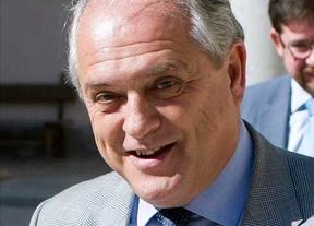 Fallece el magistrado el TC, Luis Ortega a causa de un infarto en el descanso del pleno