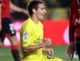 El submarino amarillo hunde a Osasuna y se afianza como tercero de la Liga (4-2)